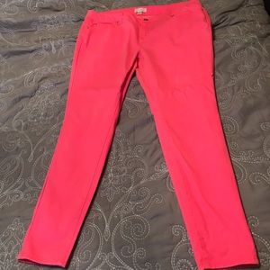 Forever 21 plus neon pink skinny jeans